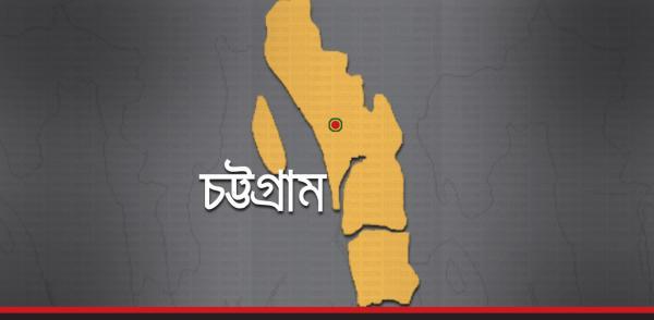 Photo of কেন্দ্র দখল নিয়ে গোলাগুলি, পুলিশ সদস্য গুলিবিদ্ধ