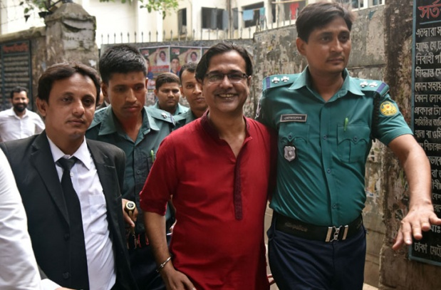 Photo of আসিফ আকবরের বিরুদ্ধে চার্জশিট দাখিল