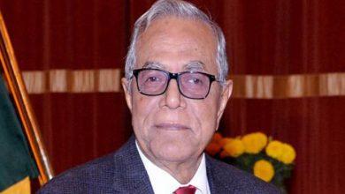 Photo of দেবী ভান্ডারীর আমন্ত্রণে নেপালে রাষ্ট্রপতি