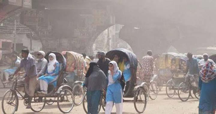Photo of বায়ু দূষণে ঢাকা আবারো শীর্ষস্থানে