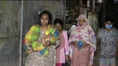 Photo of ভাড়া দিতে না পারায় বের করে দিলেন বাড়িওয়ালা