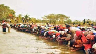 Photo of পানিতে দাঁড়িয়ে ঈদের নামাজ, জামায়াতের রাজনৈতিক পরিকল্পনার অংশ