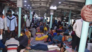 Photo of সামাজিক দূরত্ব নিশ্চিতে ভাড়া বাড়াতে চান লঞ্চ মালিকরা