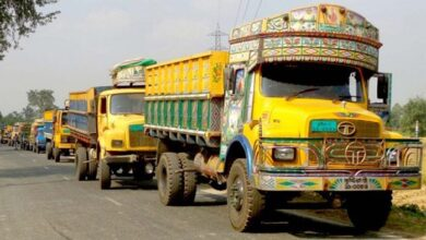 Photo of বাংলাদেশ থেকে মালবাহী ট্রাক ঢুকতে দিচ্ছে না ভারত