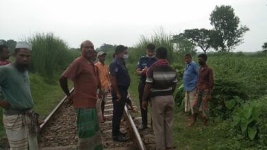 Photo of বাগাতিপাড়ায় ট্রেনে কেটে যুবকের মৃত্যু
