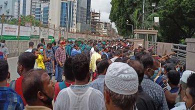 Photo of টিকিটের জন্য আজও রাজপথে সৌদি প্রবাসীরা