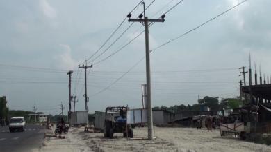Photo of খুটি অপসারন নিয়ে সড়ক ও বিদ্যুৎ বিভাগের সমন্বয়হীনতা